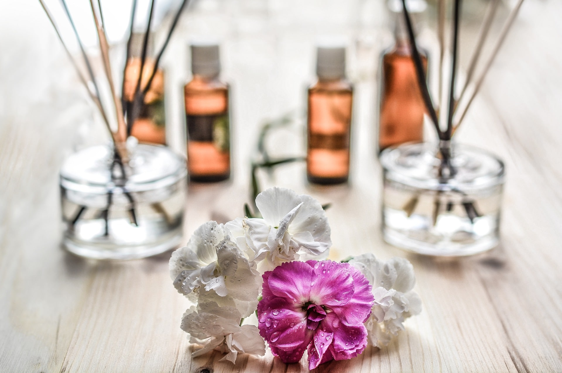 Photo of 11 Incredible Uses Of Essential Oils You Should Know
