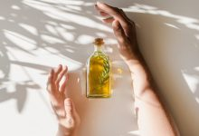 10 Organic Carrier Oils You Can Use To Dilute Essential Oils