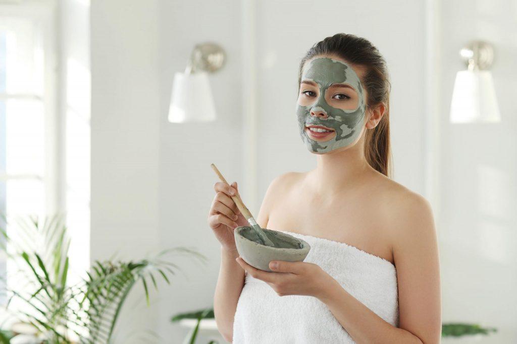 Clay mask exfoliate