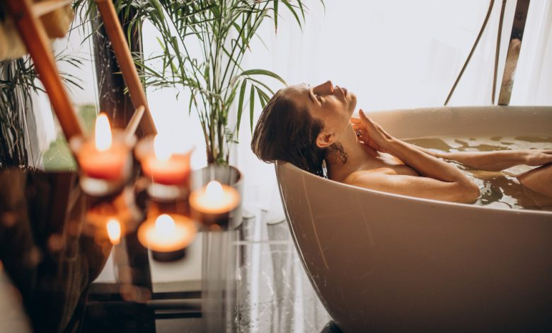 How To Safely Use Essential Oils For Bathing?